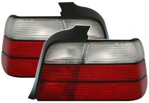 BMW E36 (sedan) zadní světla.