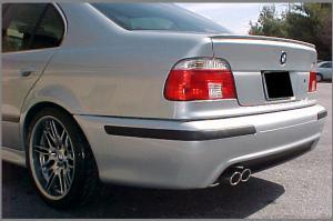 BMW E39-odtrhová hrana.