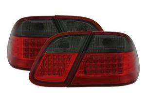 Mercedes W208 - zadní LED světla.