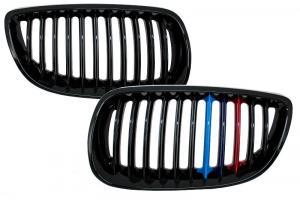 BMW E92/E93 přední maska - černá.