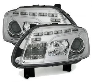 VW Touran přední chrom Day Line světla.