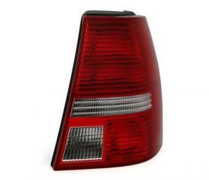 VW Bora Variant -  zadní světlo - Pravé.