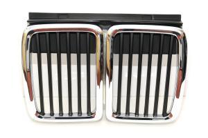 BMW E30 - přední maska - chrom/black.