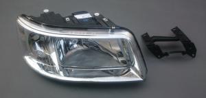 VW T5 přední světlo - Pravé.