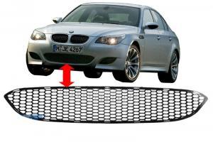 BMW E60 - středová mřížka pro nárazník M5.