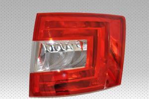 Skoda Octavia 3 (combi) zadní světlo - Pravé.