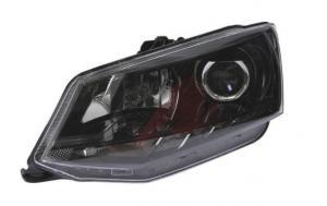 Škoda Fabia 3 přední světlo s čočkou - Levé.