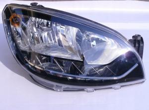Škoda Citigo přední pravé světlo - LED.