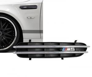 BMW E60 - boční sání do blatníku.